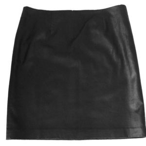 *** 3 for$20***Nygard Black Faux Leather Skirt